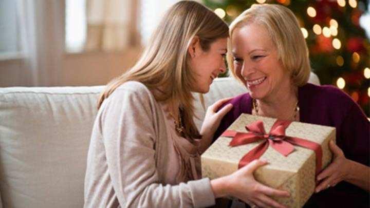 Подарок маме на день рождения – свидетельство любви и благодарности